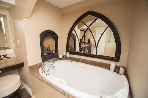 Modern downtown guest suite with spa bathroom