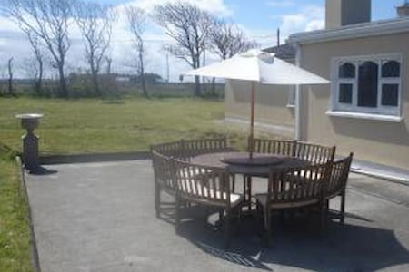Spacious 4 Bedroom Detached House - Enniscrone