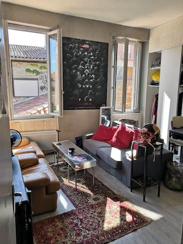 Studio calme en plein cœur de Saint-Cyprien