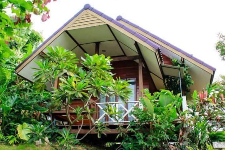 บ้านอิงผา1 by KhaoYai I-NOW เขาใหญ่ไอหนาว