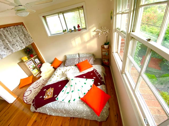 5 mins walk from Thornleigh station, 1 guest, #2