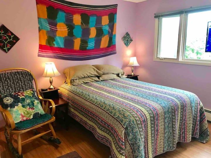 Groovy Turnagain - Lavender Room