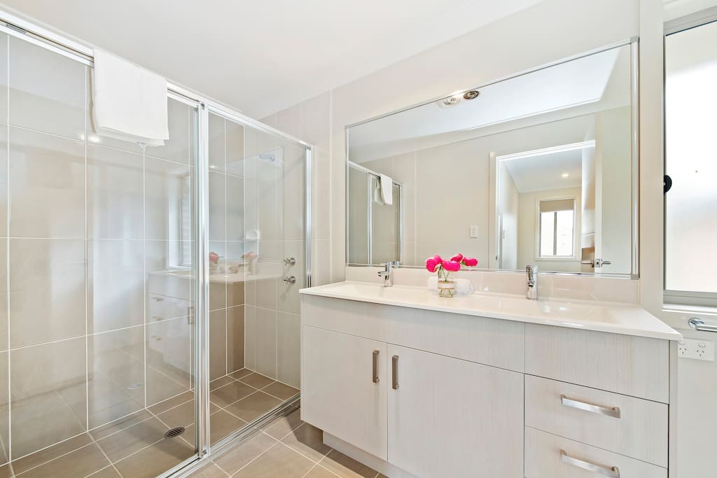 An Ensuite Bathroom with Shower