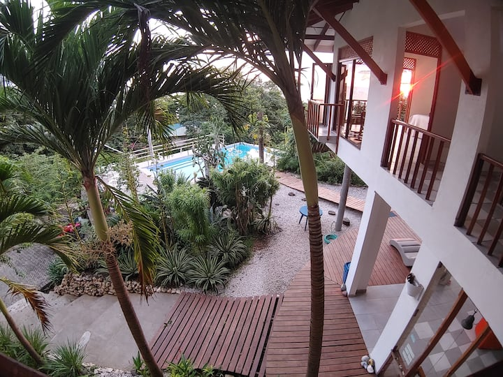 Ocean View! Room with attached Bath. Wifi-AC-Pool