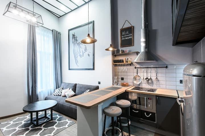 Квартира Одесса для 4 чел. Серый лофт.