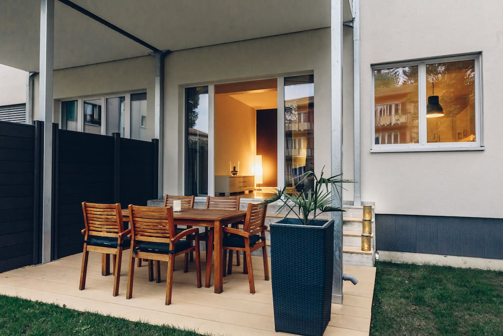 AIRSTAY – Terrace