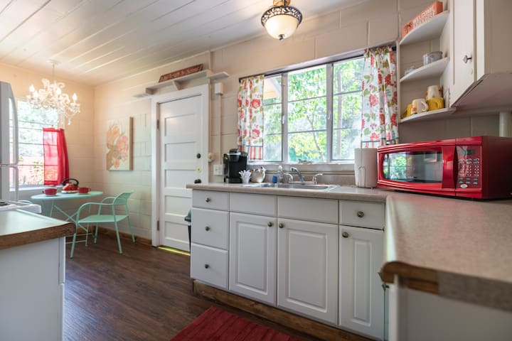 Historic RIVERFRONT ~ Tiny House 2 Coloma Cottage