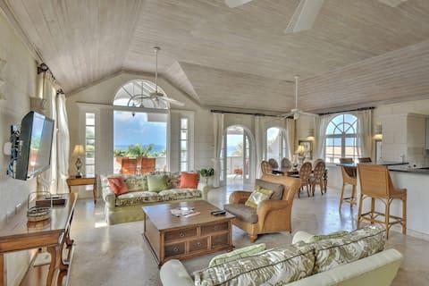 Royal Villa 4, Luxury 3-Bed Villa w/ Pool & Golf