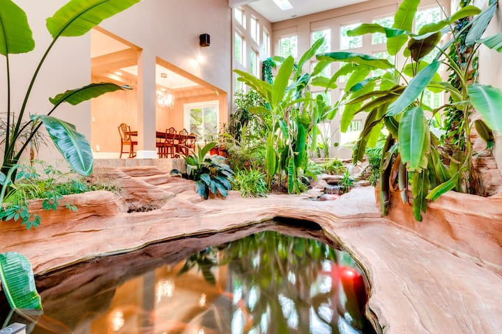 Luxurious home w/ mtn views & hot tub - theater, fitness room, & a koi pond, too