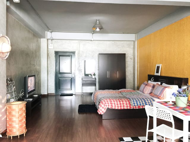 Beloved Grand Loft ❤️40sqm. ❤️Bahttub ❤️near MRT