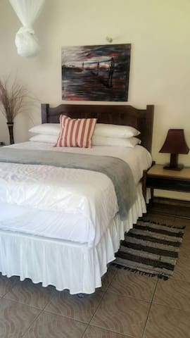 The Guest House Victoria Falls