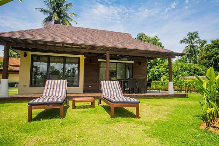 Private Beachside Brand New Pool Villa
