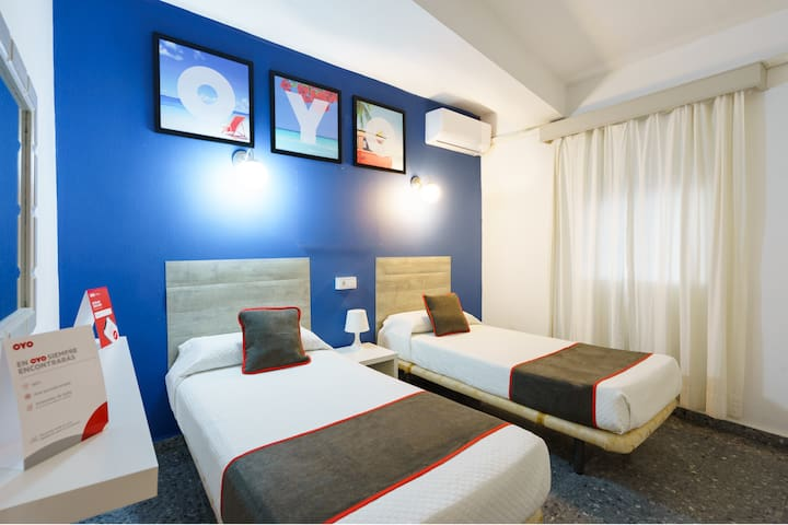 Marked Down! Twin Economic Room in OYO Hostal Paco