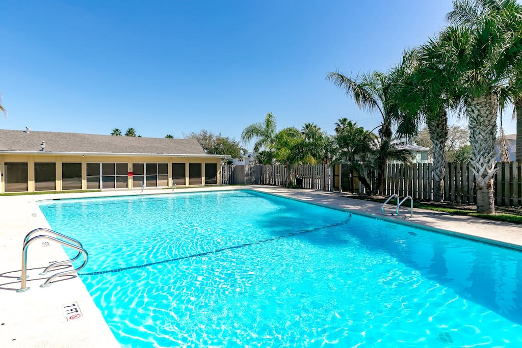 Key Allegro offers a sparkling community pool  available for guests