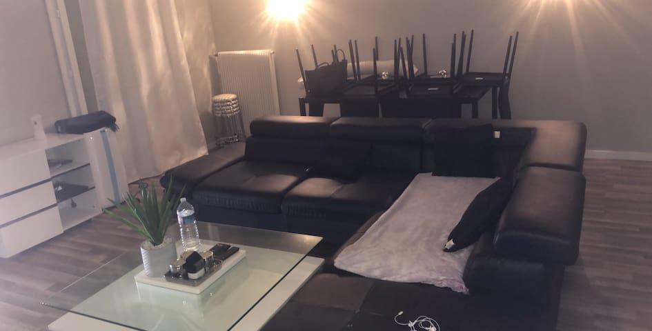 Appartement 3 chambre grand salon