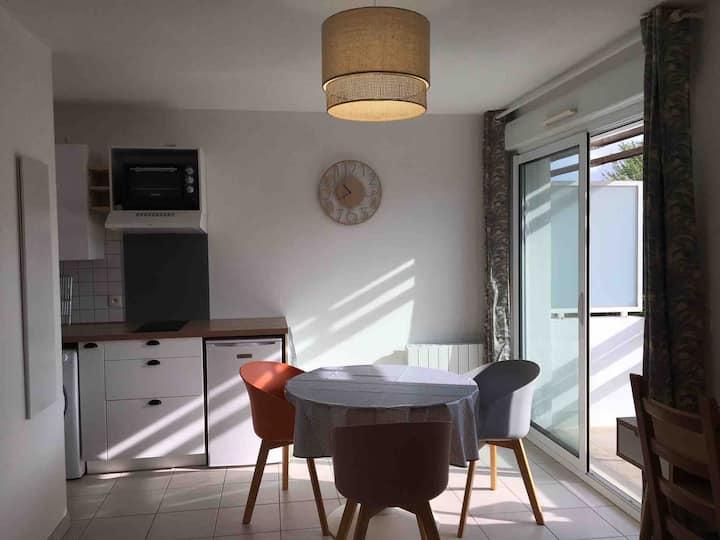 Studio avec balcon - Les Minimes