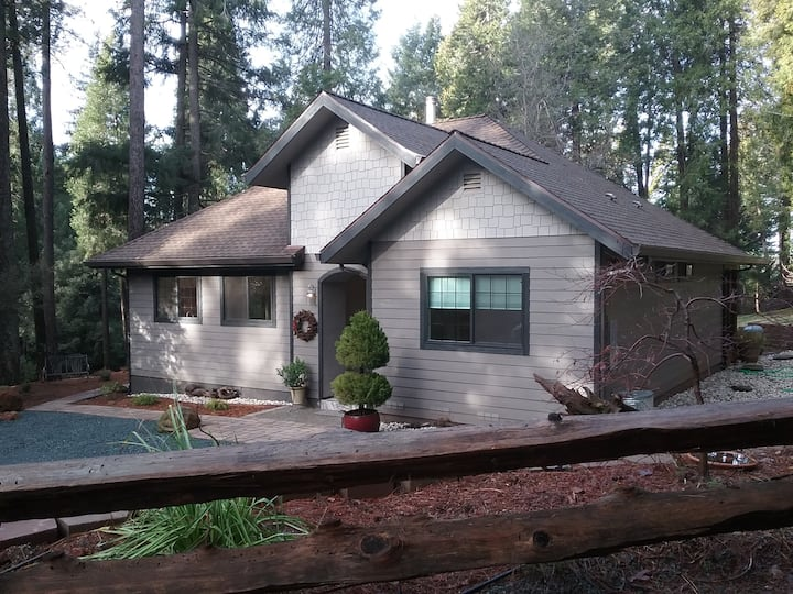 Nevada City Vacation Cottage