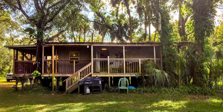 Riverbend Retreat on the Little Manatee River