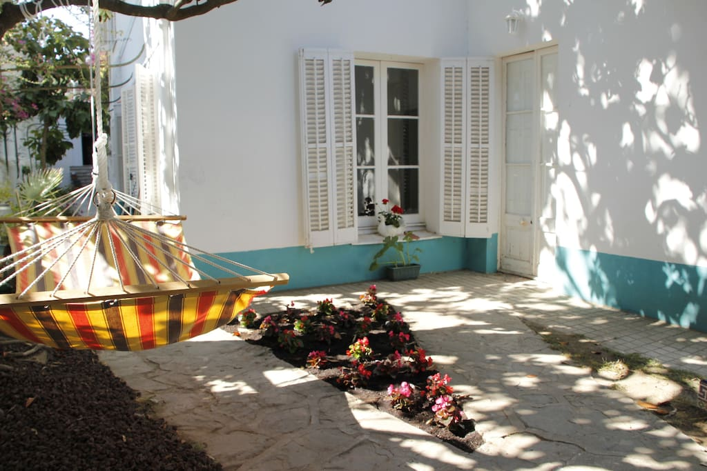 unique seafront villa near barcelona maisons louer. Black Bedroom Furniture Sets. Home Design Ideas
