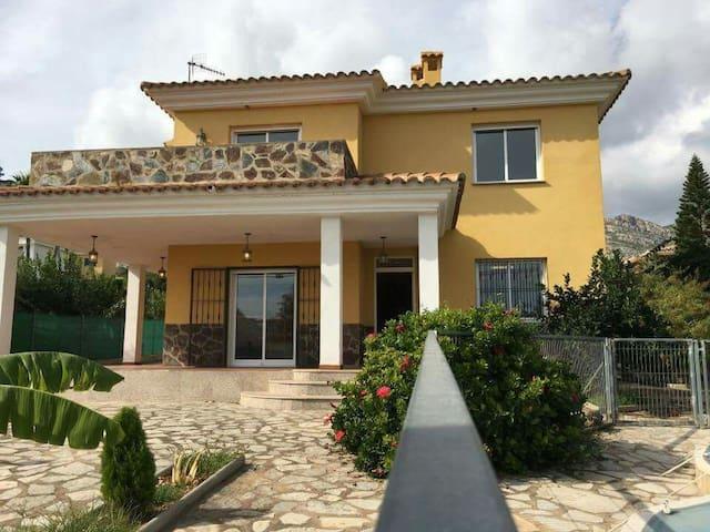 Bonita villa - Orpesa - Villa