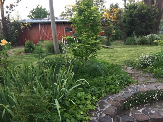 Tranquil self-contained cabin. - Kinglake - Kabin