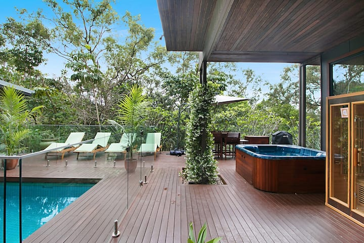 Your Luxury Private Leafy Oasis in Currumbin Beach