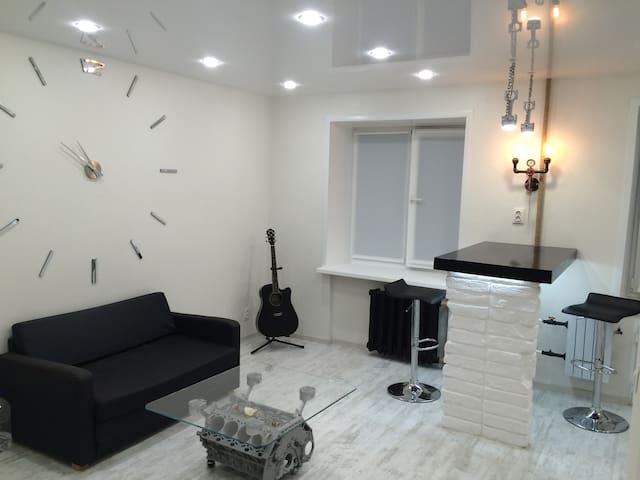 Современные апартаменты в Перми - Perm' - Serviceret lejlighed