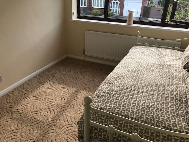Bedroom 3, with our highly popular day bed. Here seen as a stand alone single bed.