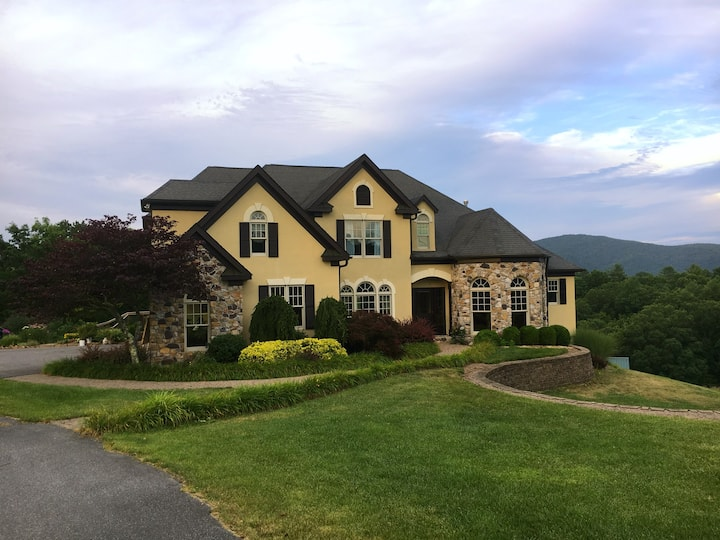 Serene elegance, minutes from downtown Lewisburg