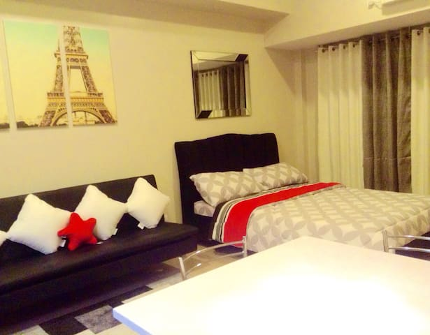 Modern Furnished Condo - Eastwood - Quezon City - Wohnung