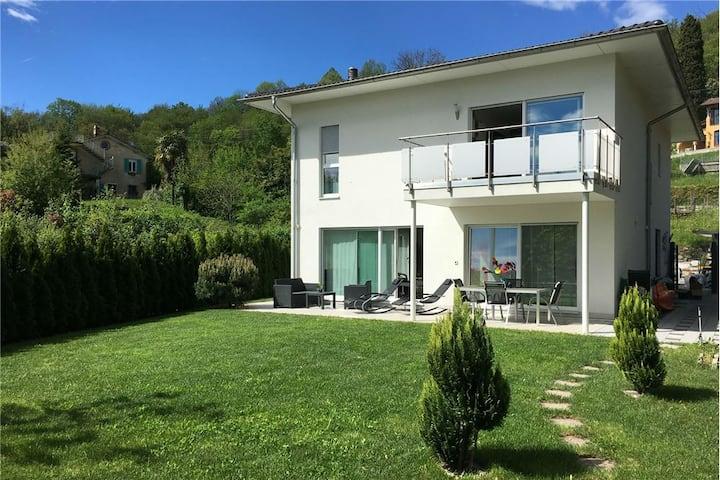Casa vacanze nella natura, vicino a Lugano