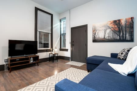 Amazing Apartment in the Heart of OTR- Unit 15