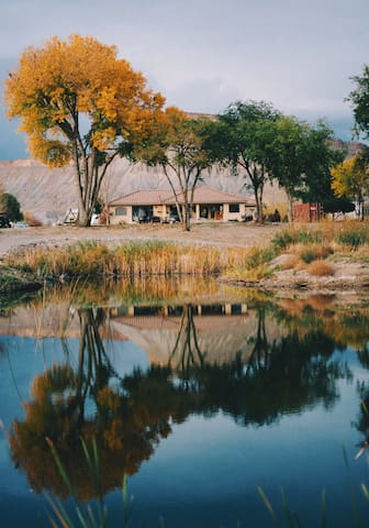 COLORADO RIVER executive home farm in wine country - PALISADE