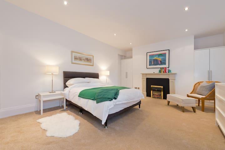 Bedroom 1  Spacious Bright Quiet Oasis