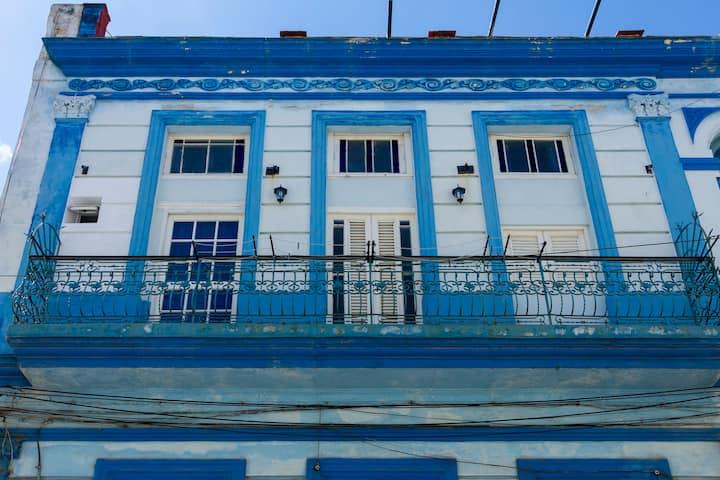 Casa Animas Central Havana