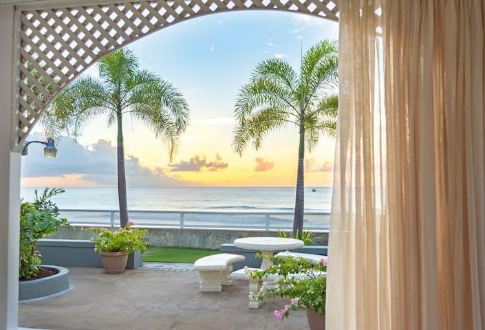 Beachfront Property - Watergate #2