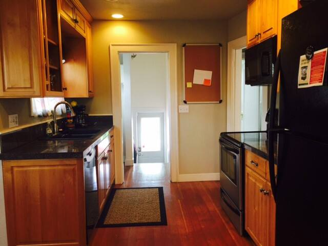close UW,maple leaf district,3bedrooms,house - Seattle - Talo