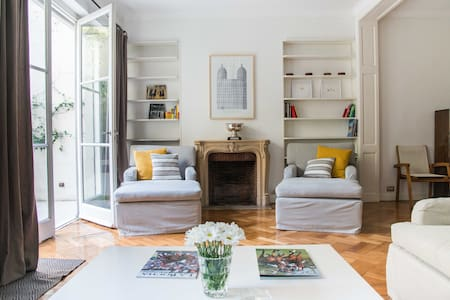 Spacious, clean and well located flat in Recoleta - Buenos Aires - Apartment