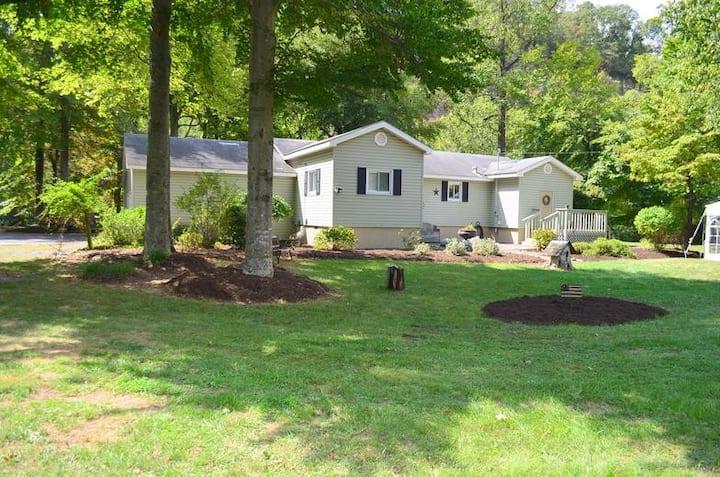 Greenbrier River Retreat Cottage #3