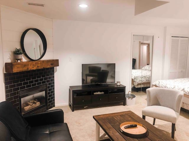 Spacious and Private Basement Apartment
