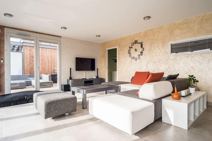 Appartement neuf en attique - Prévessin-Moëns - Apartamento