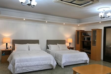 Annex available for short term rent in Rashidiya