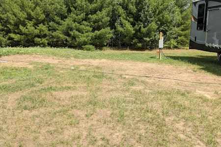 Quiet, Countryside RV Site with Full Hook Ups