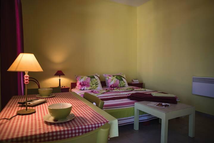 Ann's Apartment #2