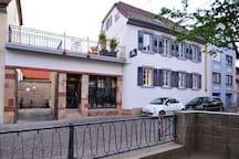 zauberhafte Dachwohnung im Herzen von Deidesheim