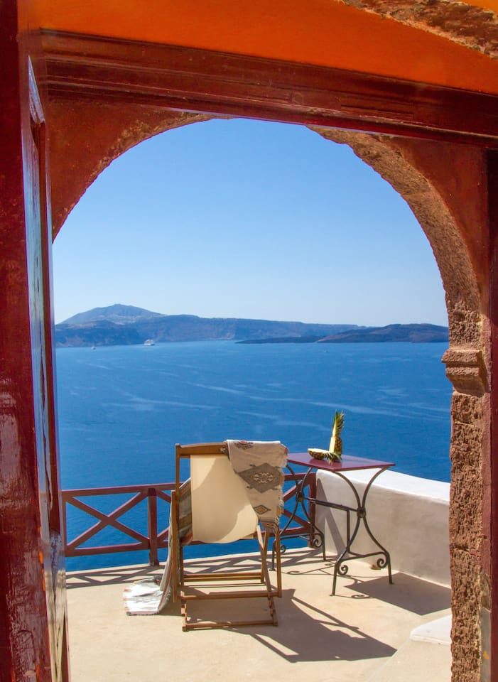 The endless blue at your door step