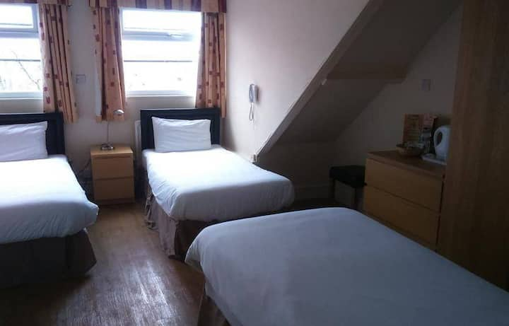 Classic Triple Rooms in the heart of Jesmond