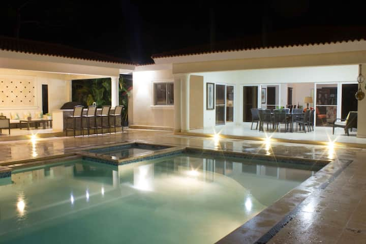 Luxury Six Bed Master Suites in Casa Linda Sosua