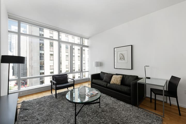 Rare Find: Comfortable, Clean, Modern Midtown West One Bedroom