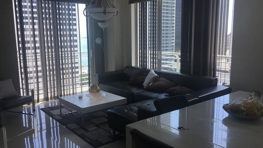 Well Located Apartment Downtown Near Arena,Bayside